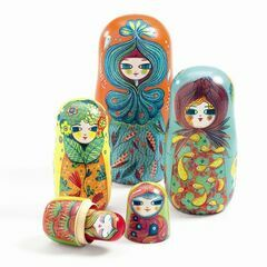 Matriochka - Russian Wooden Doll Set