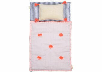 Bedding & Cushions